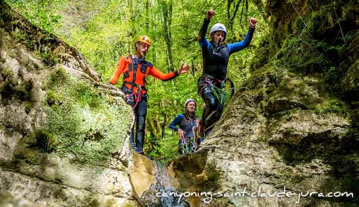 Canyoning en famille avec les enfants ou entre amis à Saint Claude dans le Jura