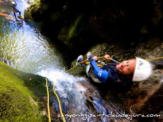 canyoning sportif à saint claude dans le jura canyon de coiserette grosdar pays de gex geneve lausanne nyon lyon-59